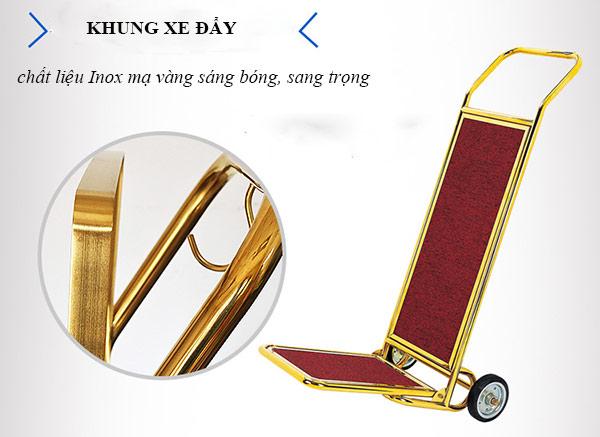 Khung xe được làm từ chất liệu inox mạ vàng chắc chắn